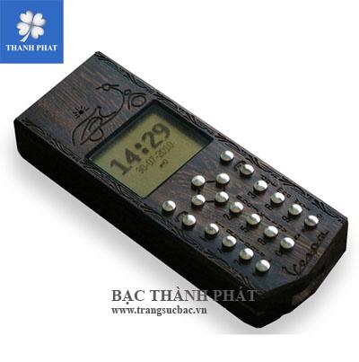 Điện thoại vỏ gỗ phím bạc MB002