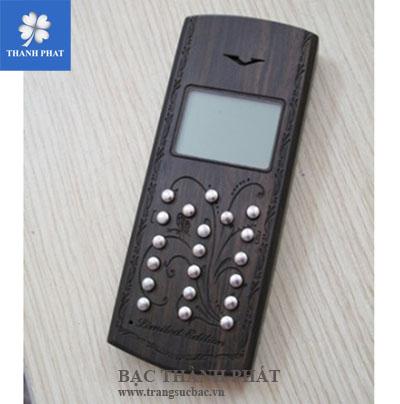 Điện thoại vỏ gỗ phím bạc MB041