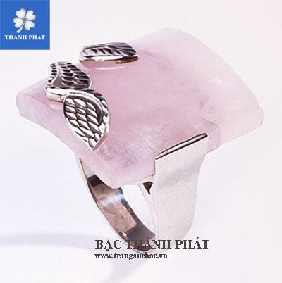 Nhẫn thạch anh hồng UQ070